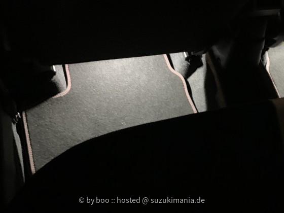 Fußraum - Beleuchtung hinten